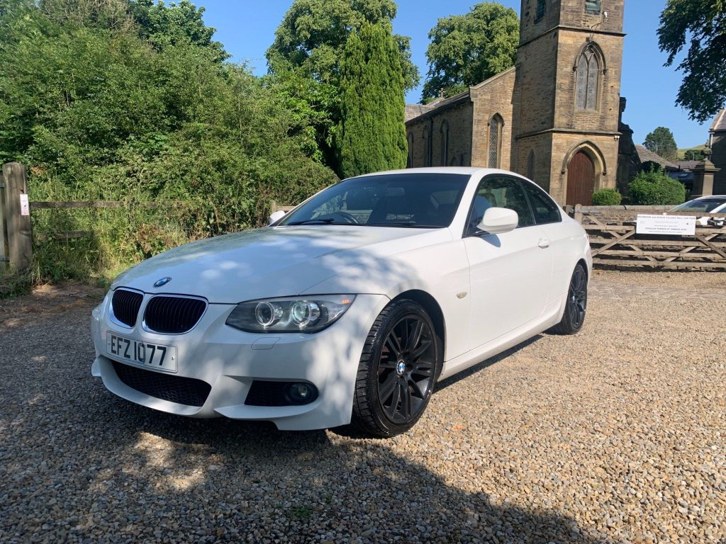 BMW 3 Series 2.0 320i